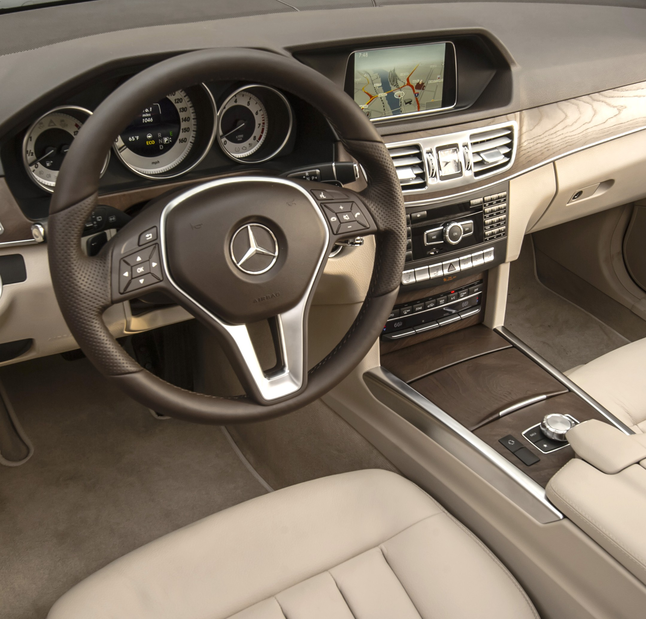2014 Mercedes-Benz E350 4MATIC Wagon Interior