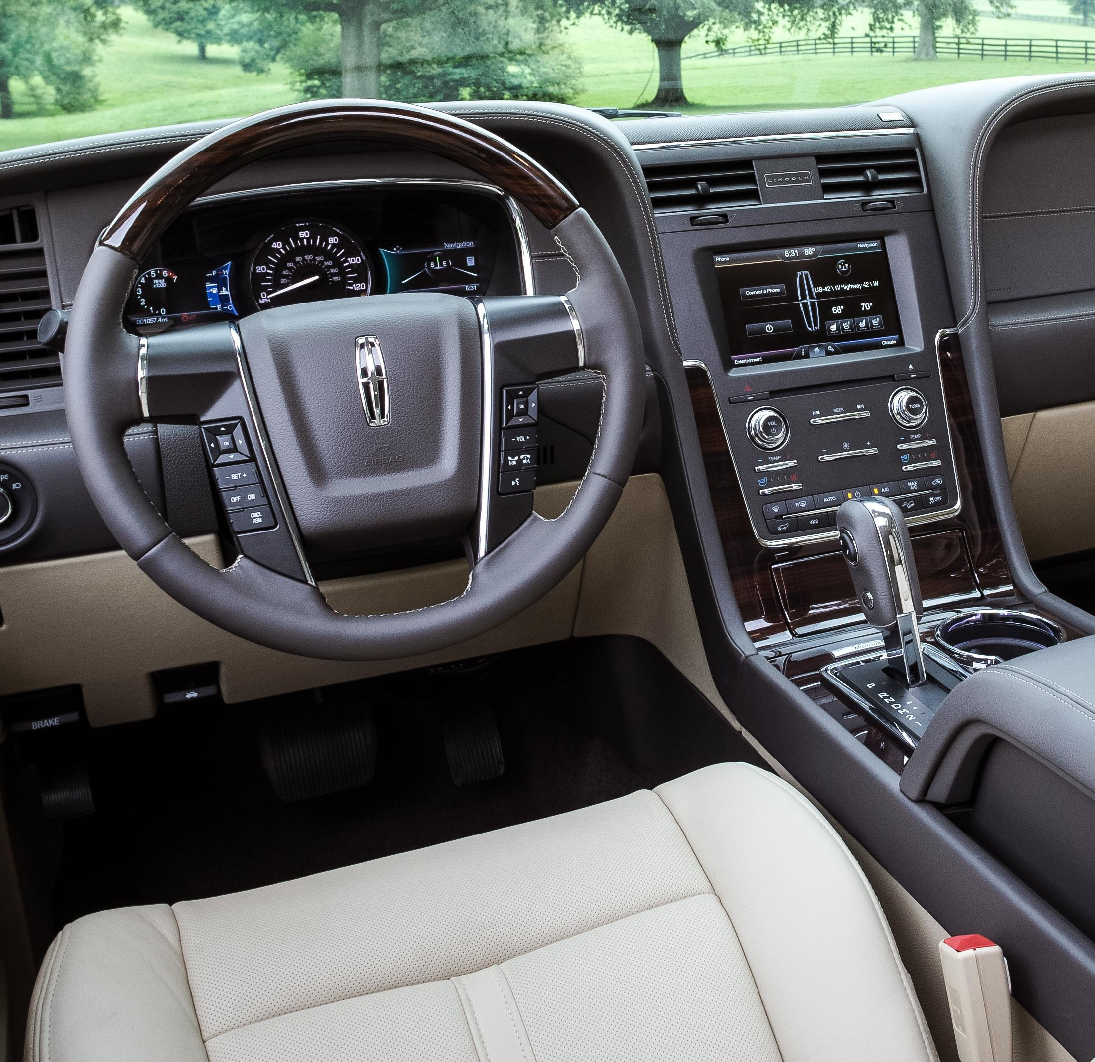 Superb 2015 Lincoln Navigator Interior
