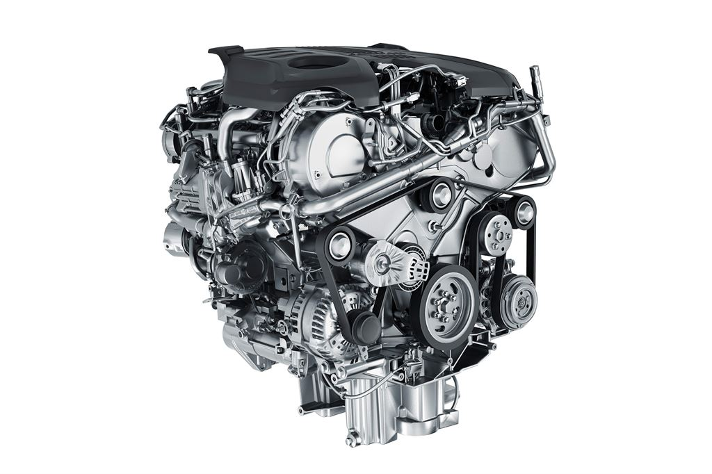 Jag_FPACE_TDV6_Turbocharged_Engine_Tech_Image_140915_08_LowRes