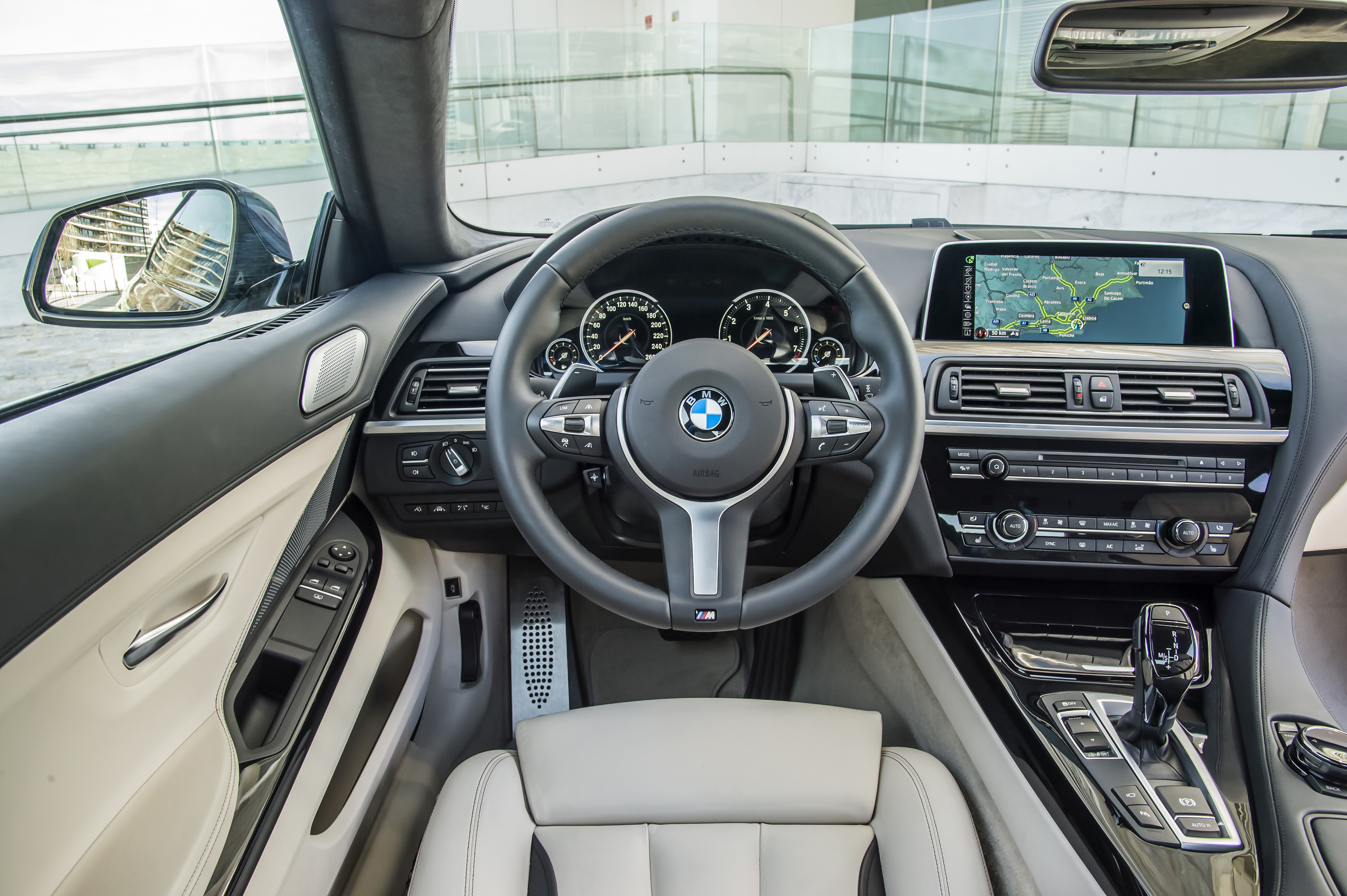 BMW 650i Coupe - interior