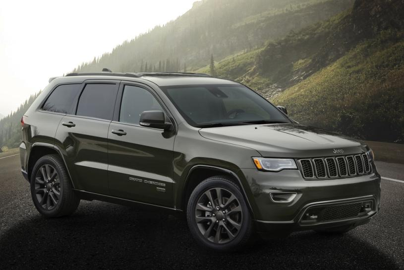 nydn-bg-2016-jeep-grand-cherokee-75th-anniversary-edition-photo