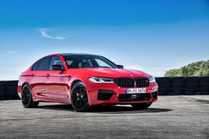 P90391323_highRes_the-new-bmw-m5-compe