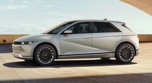 Large-45011-HyundaiIONIQ5RedefinesElectricMobilityLifestyle