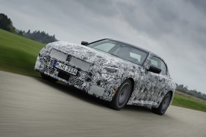 P90420648_highRes_the-all-new-bmw-2-se