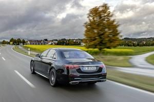 Verkaufsstart für die S-Klasse als Plug-in-Hybrid Sales release for the S-Class as a plug-in hybrid