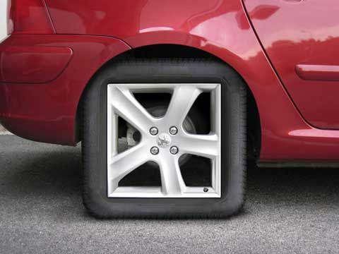 square-tire-Autoline