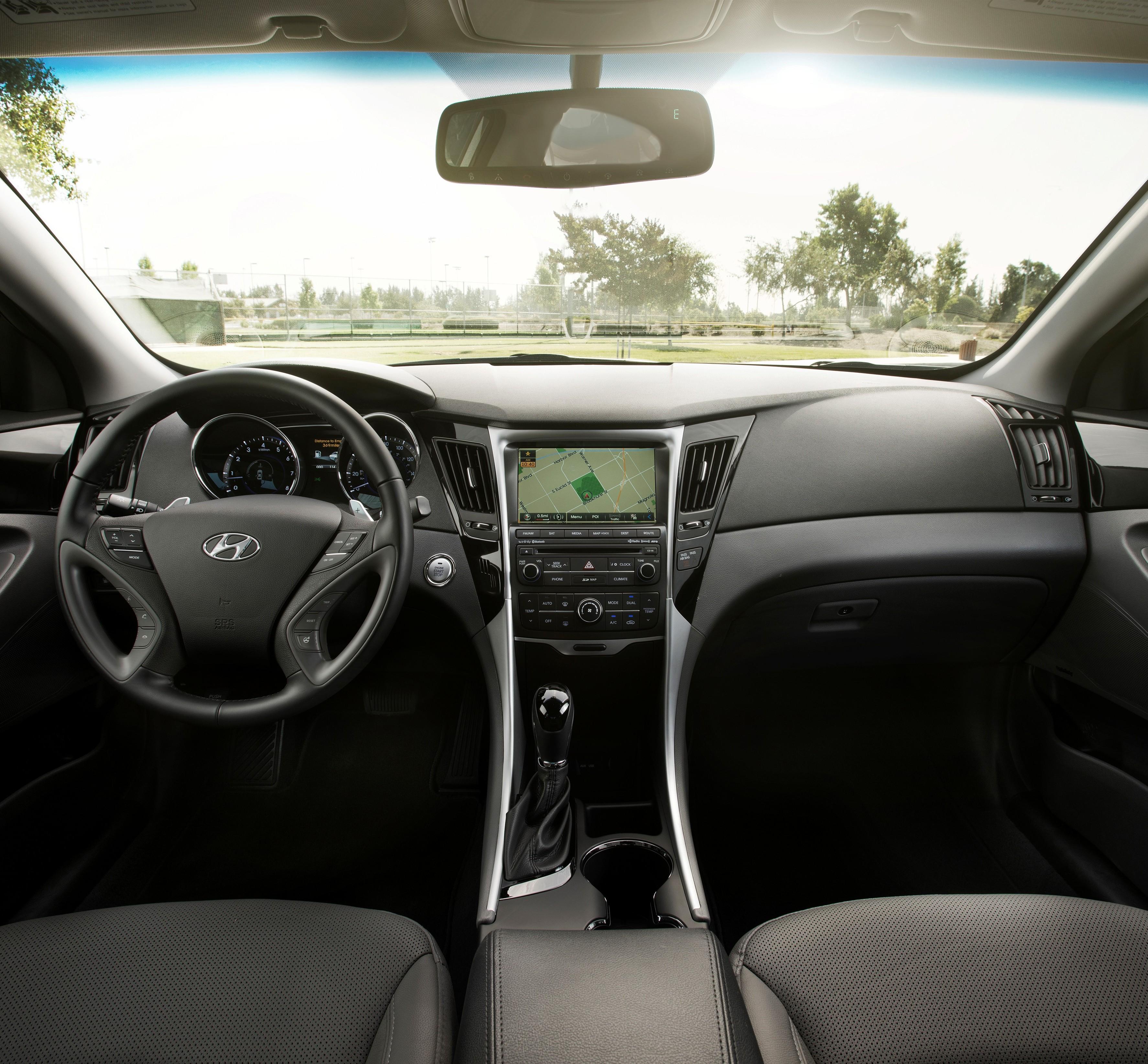 Hyundai Sonata Gls 2014: Seat Time: 2014 Hyundai Sonata 2.0T