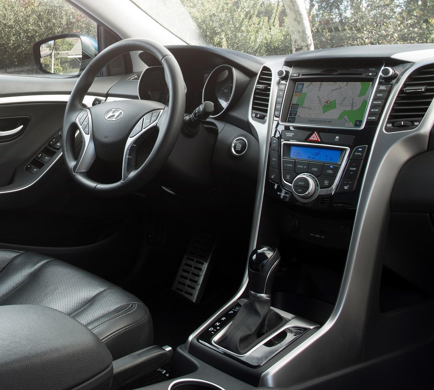 Hyundai Elantra Hatchback 2014: Seat Time: 2014 Hyundai Elantra GT M/T